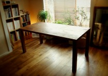 無垢材テーブルデザイン